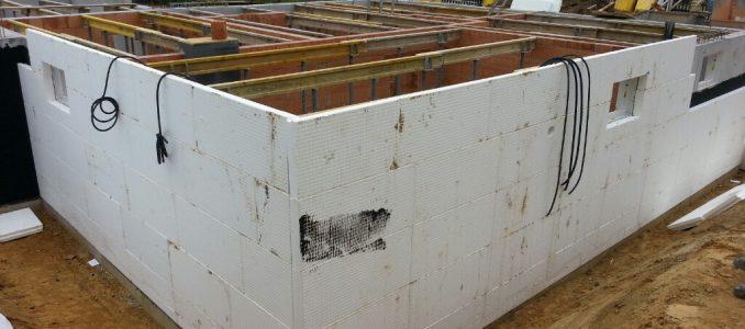 Vorbereitung für die Kellerdecke / Perimeterdämmung