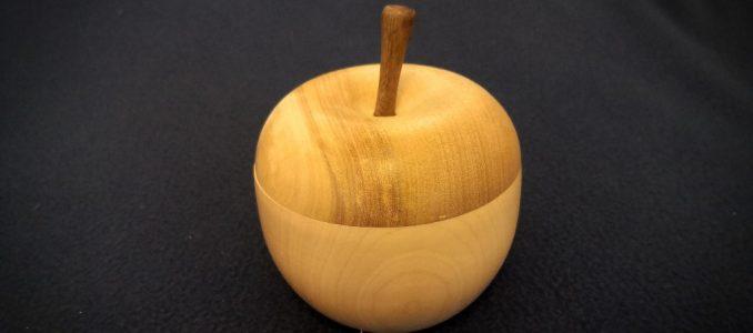 Eine Dose – oder doch eher ein Apfel? – für meine Tochter